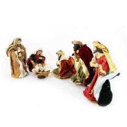 Heilige Familie und 3 Könige, Krippenfiguren Set mit Kleidung